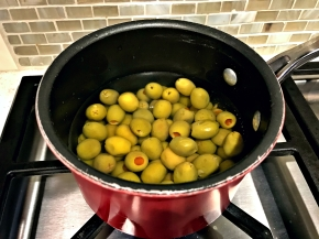Blanching Olives